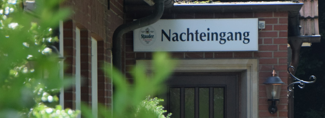 Nachteingang Hotel